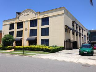Quality CBD Warehouse/Office - Priority Development Area. - Southport