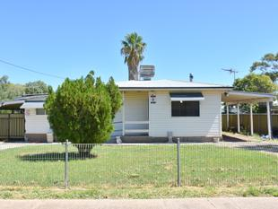HOUSE PLUS GRANNY FLAT CLOSE TO SCHOOLS! - Moree